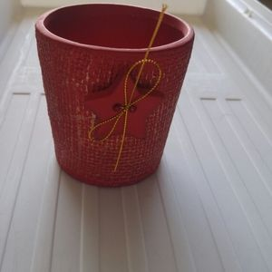 Red and gold Christmas pots